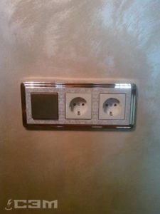 Установка розеток и выключателей (фото 4)
